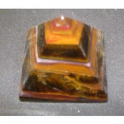 Piramide in pietra saponaria